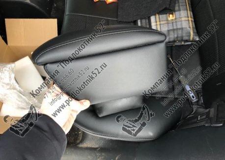 купить подлокотник для volkswagen golf 5, golf 6 (вариант №1)