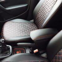 Отзыв на Подлокотник для Volkswagen Polo SEDAN (Вариант №2), ПОДУШЕЧКИ ПОД ШЕЮ ЧЁРНЫЕ С КРАСНОЙ СТРОЧКОЙ (РОМБ) - Подлокотник 52