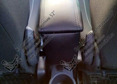 купить подлокотник для renault sandero (вариант №2)