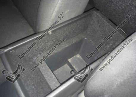 купить подлокотник для toyota avensis 2 (вариант №2)