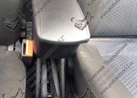 купить подлокотник для lada 2115 (вариант №1)