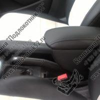 Отзыв на Подлокотник для Volkswagen Polo SEDAN (Вариант №2), Хромированные накладки на пороги для Volkswagen Polo - Подлокотник 52