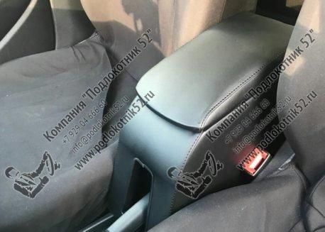 купить подлокотник для volkswagen polo 5 (вариант №1)