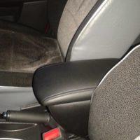 Отзыв на Подлокотник для Chevrolet Aveo T200 — T250 (вариант №2), ХРОМИРОВАННЫЕ НАКЛАДКИ НА ПОРОГИ ДЛЯ Chevrolet Aveo T200 — T250 - Подлокотник 52