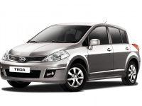 Накладки для Nissan Tiida